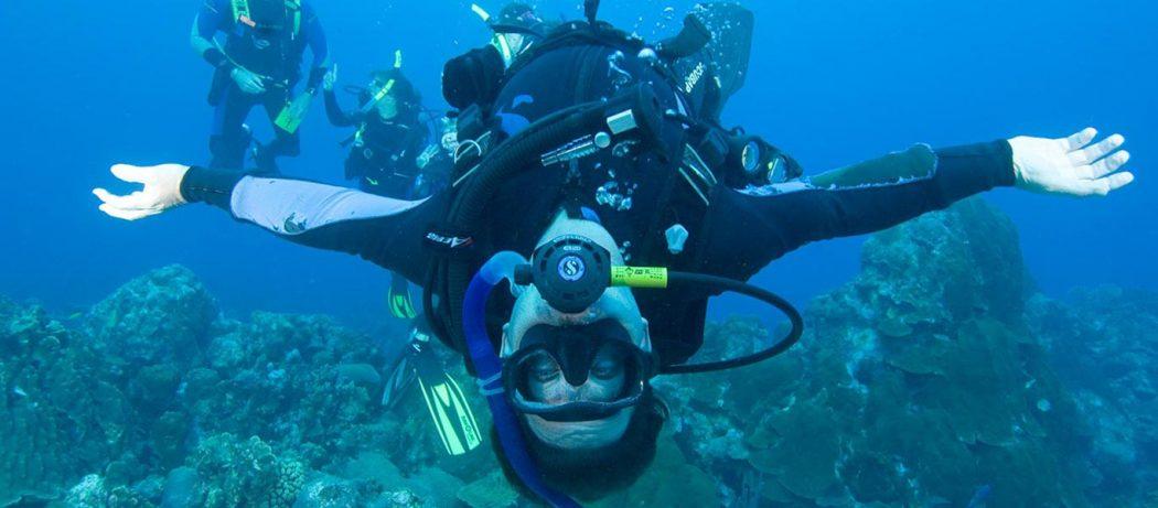 padi drift diver course puerto galera philippines