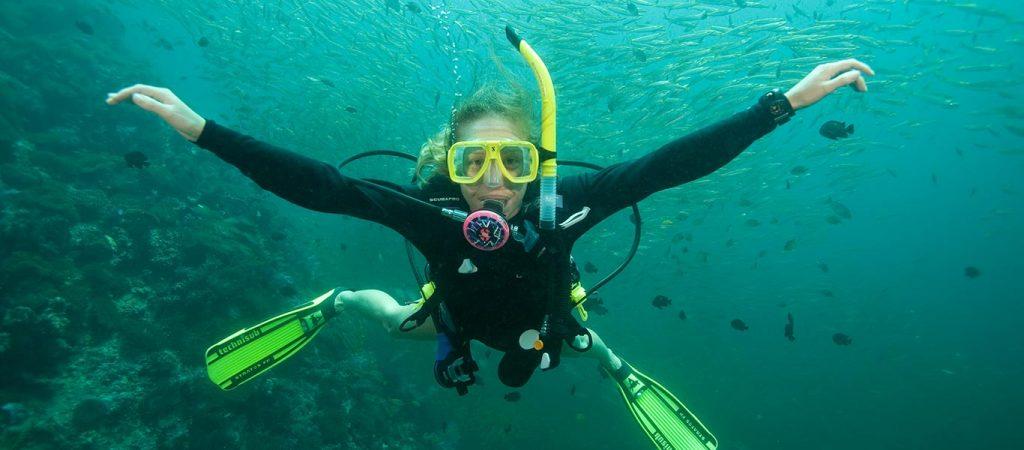 padi scuba diver course asia divers puerto galera