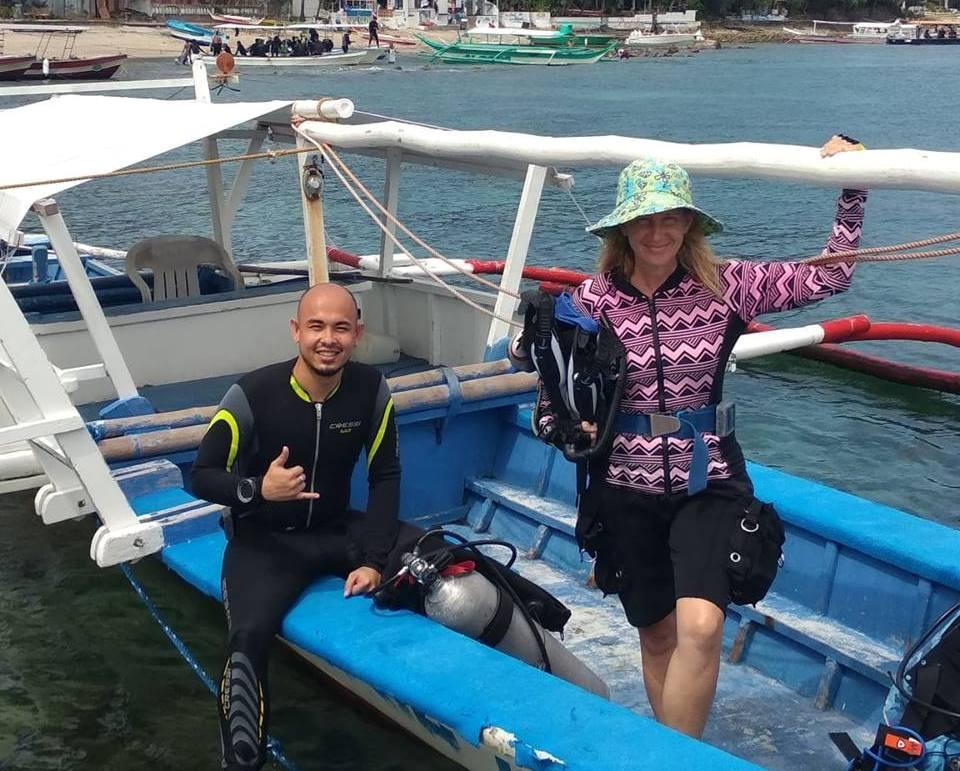 padi open water course asia divers puerto galera
