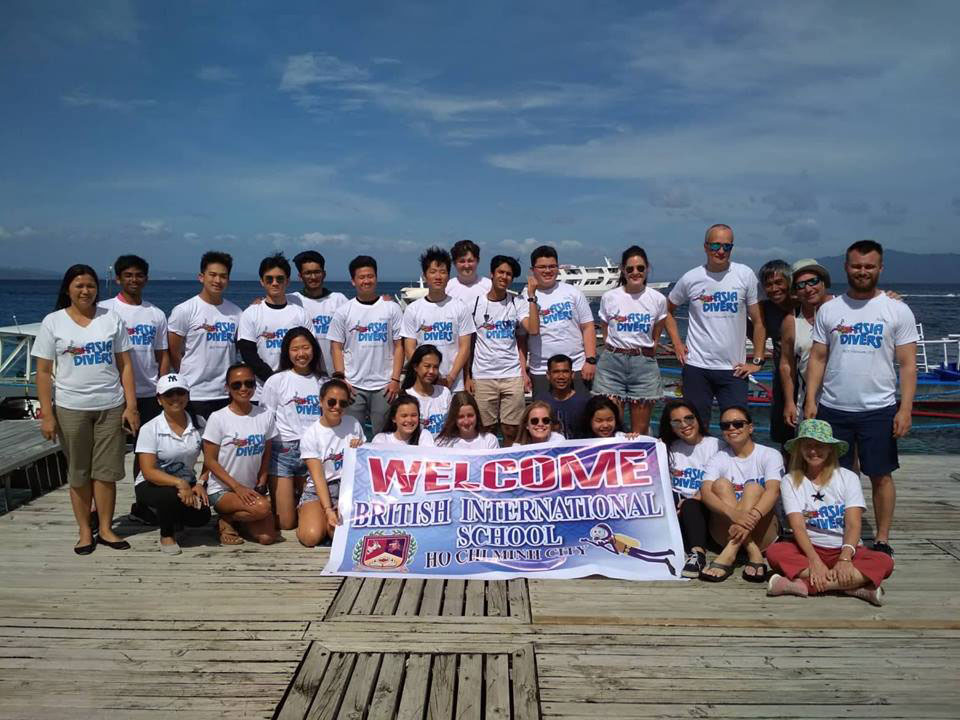 british international school vietnam scuba students asia divers puerto galera philippines