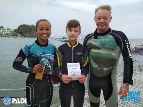 discover scuba diving sabang puerto galera philippines