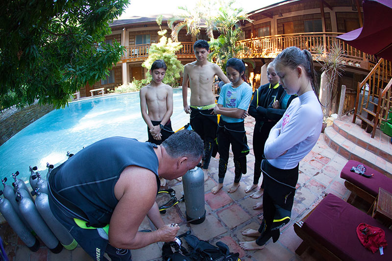 international school scuba diving trips puerto galera philippines