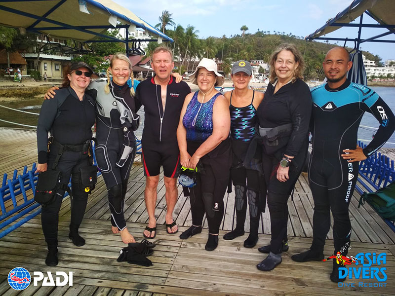 single divers dot com at asia divers puerto galera