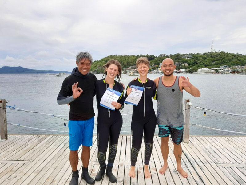 padi open water course at el galleon dive resort puerto galera